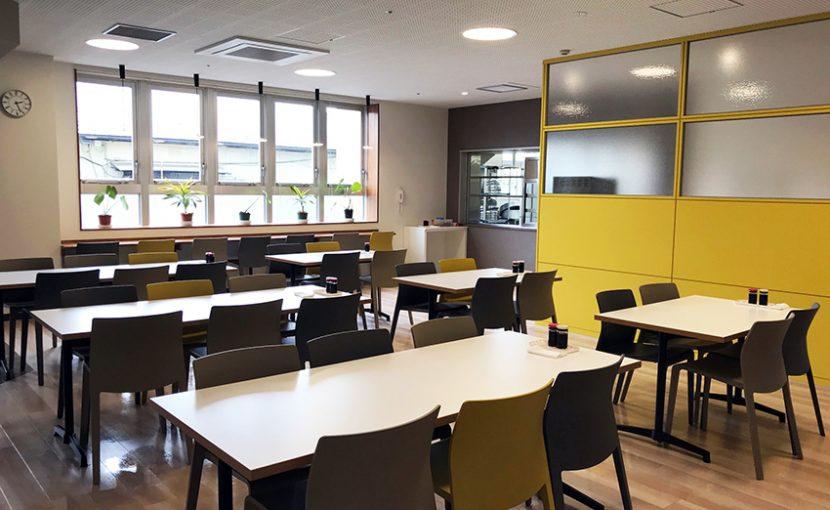 新病棟ご案内 その1「カフェのような食堂」